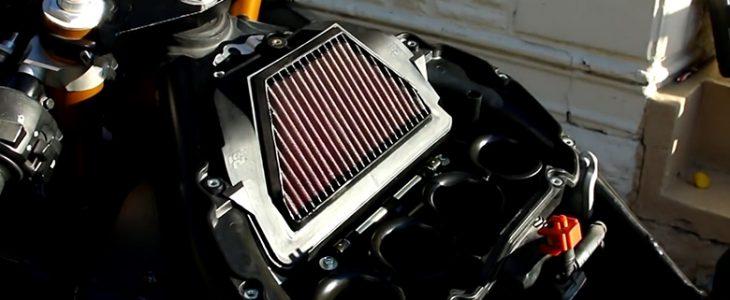 Luftfilter wechseln – Yamaha R6 RJ11 RJ15