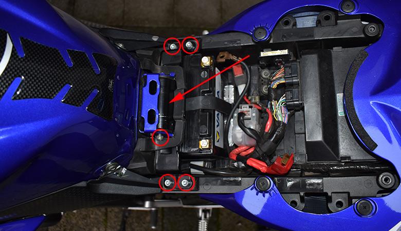 Yamaha R6 RJ11 RJ15 Tankhalterung
