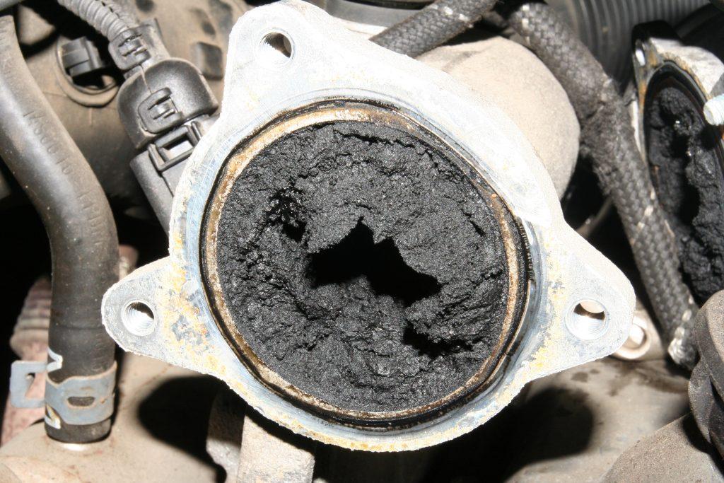AGR / EGR Ventil verstopft und verschmutzt