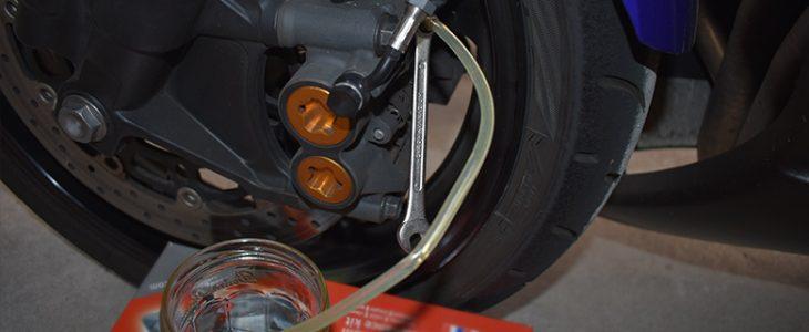 Bremse entlüften – Yamaha R6 RJ11 RJ15