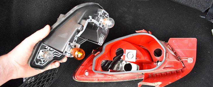 Rücklicht Birne / Lampe wechseln – Seat Ibiza 6J 6P
