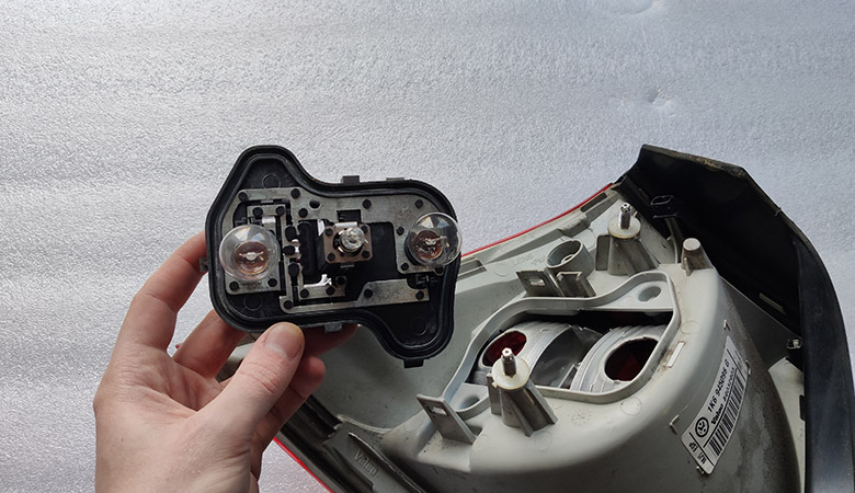 VW Golf 5 Rücklicht Lampenträger Birnen