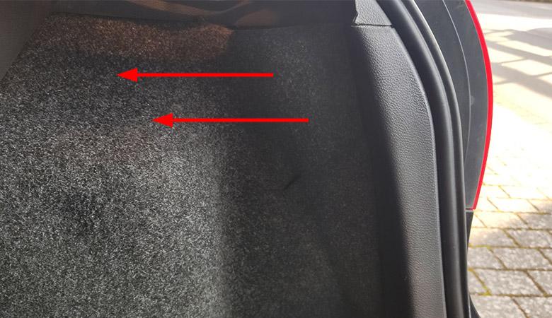 VW Golf 5 Rücklicht Stoffverkleidung