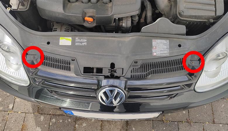 VW Golf 5 Kühlergrill Schrauben